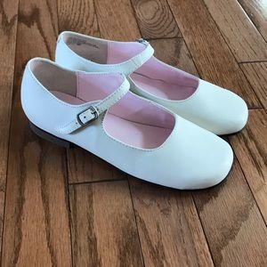 Nina Girls Maryjane white shoes 1